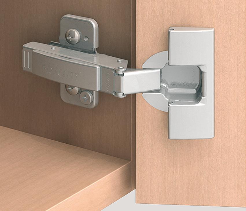 charni re corps clip top 120 pose d 39 angle avec ou sans fermeture automatique dans la. Black Bedroom Furniture Sets. Home Design Ideas